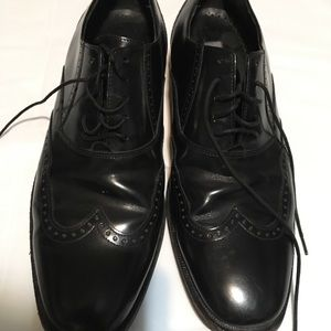 Johnson & Murphy wing-tip dress shoes size 8.5
